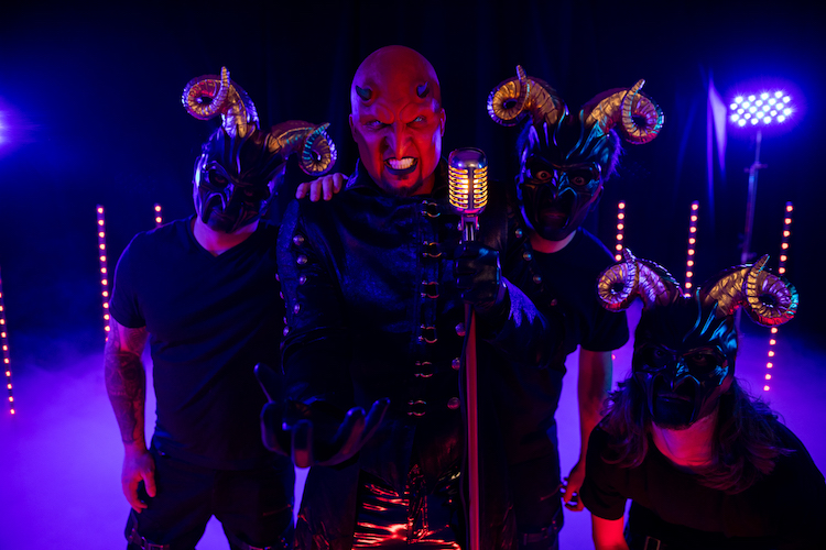 Ex-FIVE FINGER DEATH PUNCH Jeremy mit PSYCHOSEXUAL & 'Lady Killer' Video