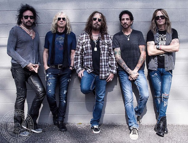 Read more about the article THE DEAD DAISIES – ´30 Days In The Hole´