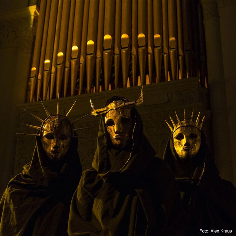 Read more about the article IMPERIAL TRIUMPHANT – 'City Swine'