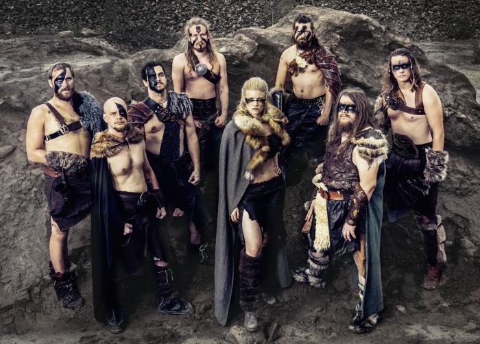 BROTHERS OF METAL – 'Chain Breaker' im Vikings Look