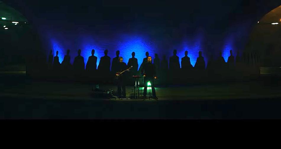 Hamferð – Choral und Gewalt vereint im 'Frosthvarv' (Live in the Eysturoy Tunnel) Video