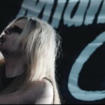 MIDNITE CITY – Vampirisch im 'They Only Come Out At Night' Minifilm