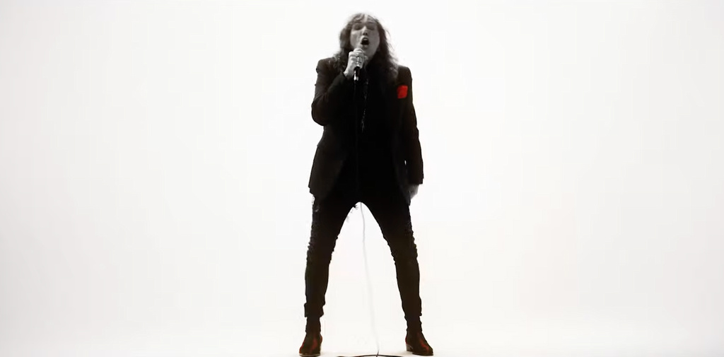 You are currently viewing WHITESNAKE – Premiere des 'You're So Fine' Videos