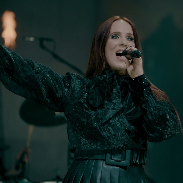 "You are currently viewing EPICA – enthüllen 'Unchain Utopia' vom spektakulären Live Release ""Ωmega Alive"""
